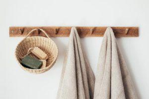 удобная вешалка в ванную